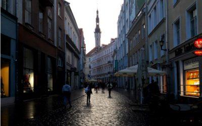 Tallinn: orosz pizzázó és Depeche Mode bár